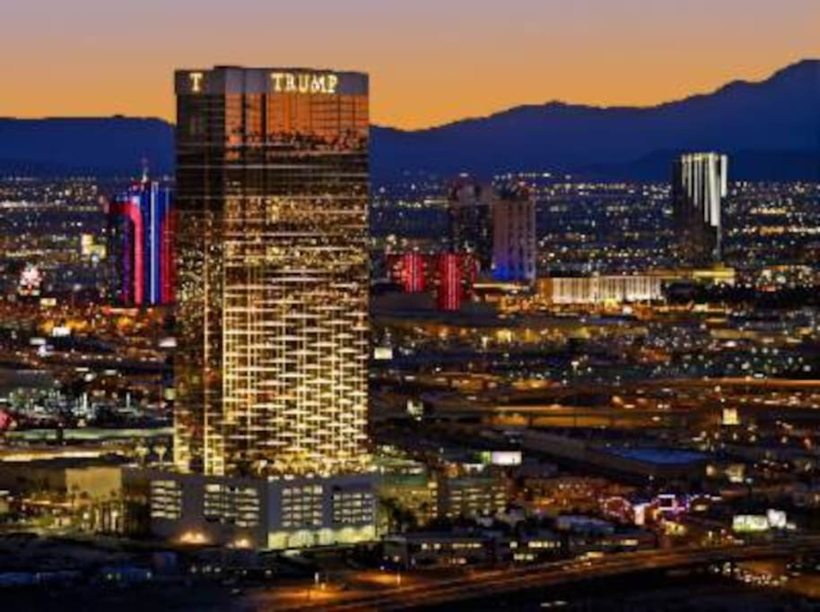 This sophisticated 64-story tower of gold-gilded glass is the Trump International Hotel™ Las Vegas, home to some of the best Strip views in Vegas.