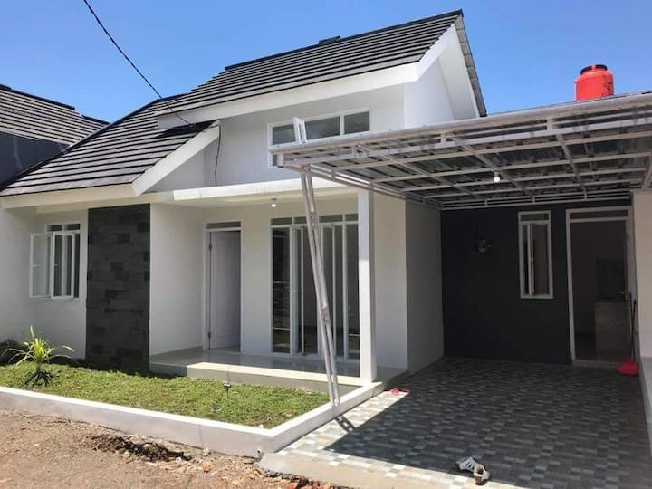 Kikan Home stay 2br near  cirebon city with WiFi