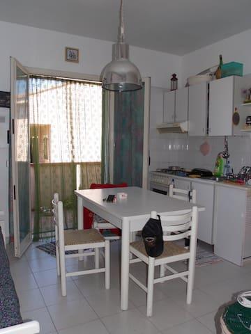 Grazioso appartamento in residence - Finale - Wohnung