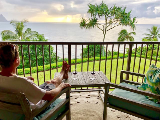 you'll never want to leave the lanai, but if you do.....the view is always here waiting for you.