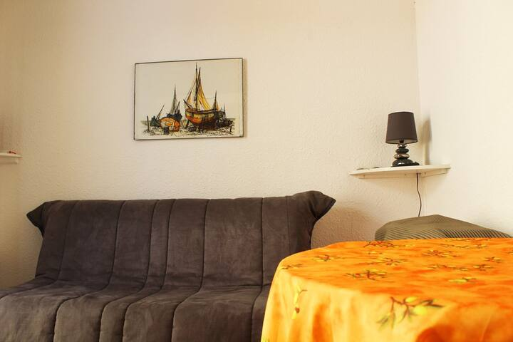 Nice Studio in a quiet residence, close to the port center and 500m from the sea - Cap d'Agde - ref QSO 168