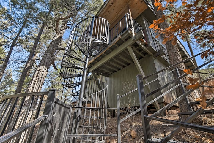 Unique Cabin w/Mtn Views-Steps to the Jemez River!