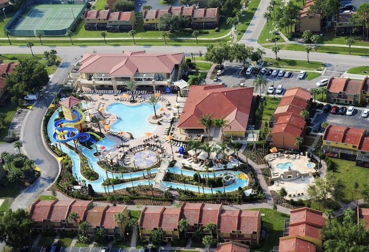 Fantasy World Resort - 2BR/Sleeps 6