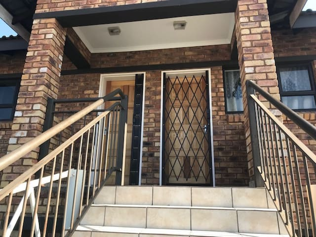 Apartment in Witfield, Safe, Comfortable