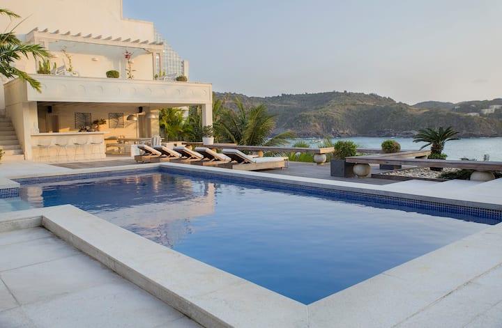 Villa Buzios - Amazing Property!