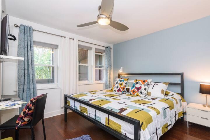 House 5863- Room 5