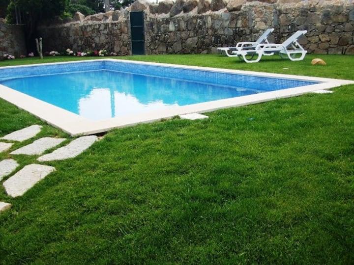 Casa da Pedra, piscina aquecida, 8 pessoas, Lisboa