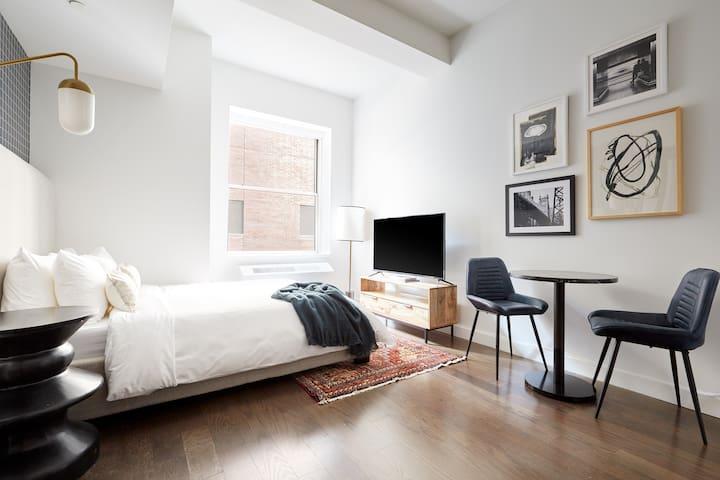 Sonder | 116 John | Peaceful Studio + Rooftop