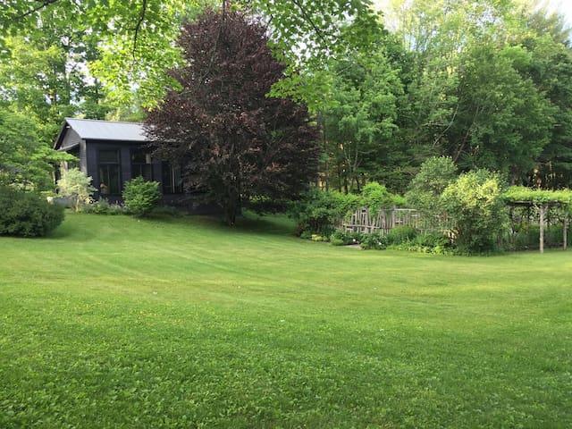 Woodstock Estate Guesthouse - Mount Tremper - Ev