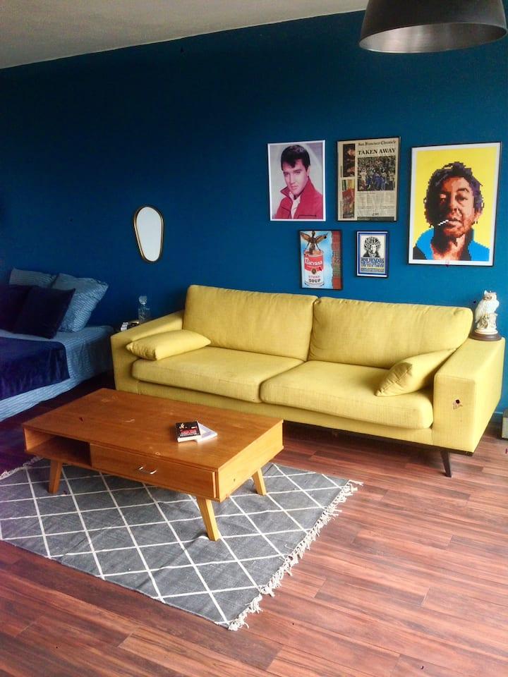 Studio 27 m² centre bordeaux superbe vue balcon