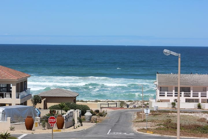 Blue Water Bay - Yzerfontein - Lägenhet