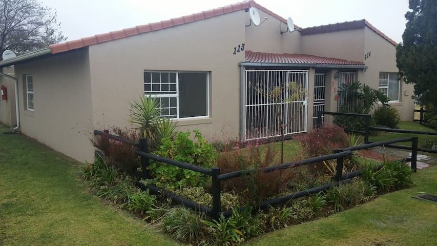 Comfortable room to rent in Elspark