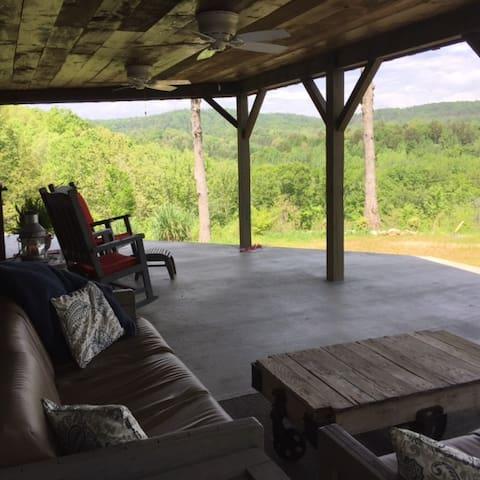 Cottage @ Flat Rock Farm