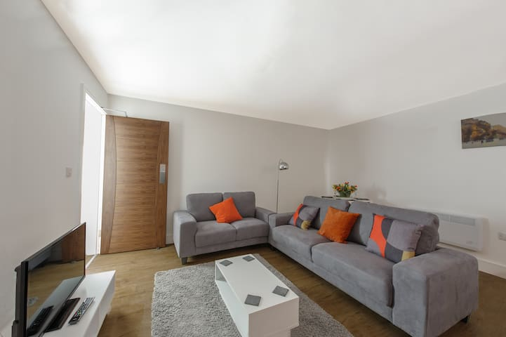 City Centre 2 Bed Apartment