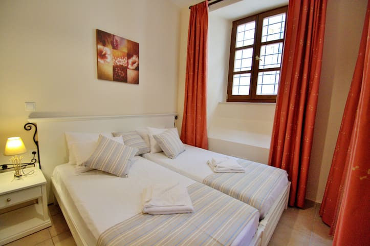 Studio in Rethymno Old Town,Near the Beach Ground Floor