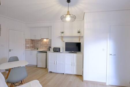 Apartamento Studio 150m playa wifi piscina