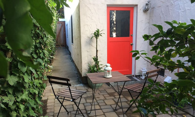 Garden apartment close to trails and town