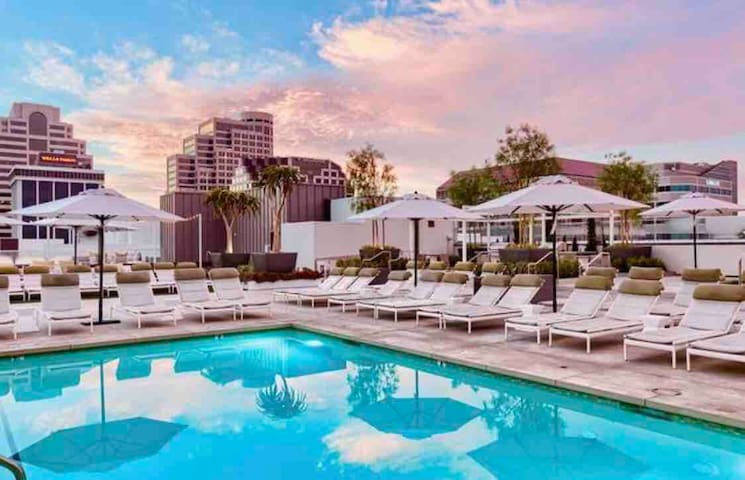 Artist resort style stay centrally located to LA 🎉