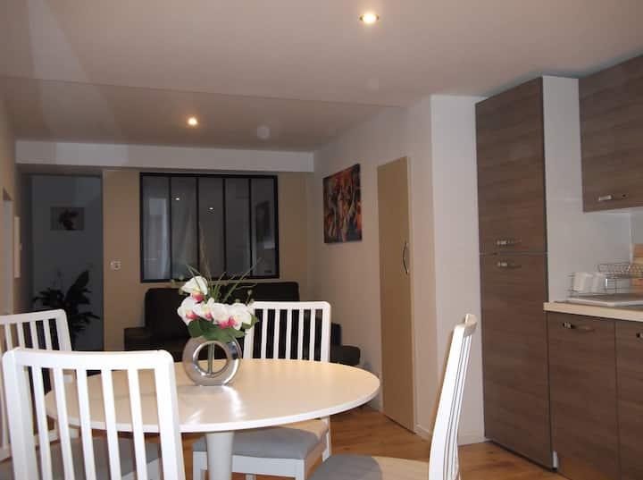 Appartement moderne dans le centre de Salernes