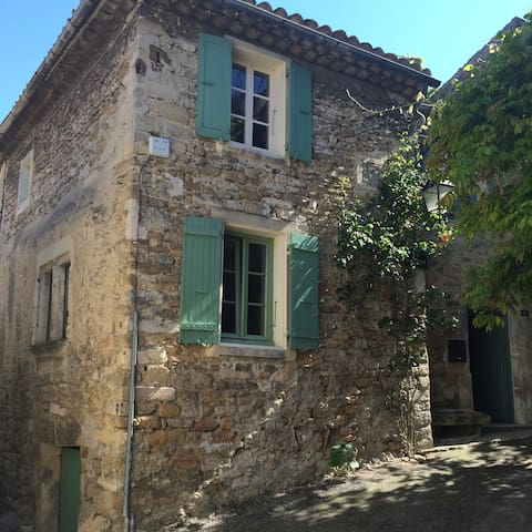 Maison dans le Drôme-Provençal - Grignan - Rivitalo