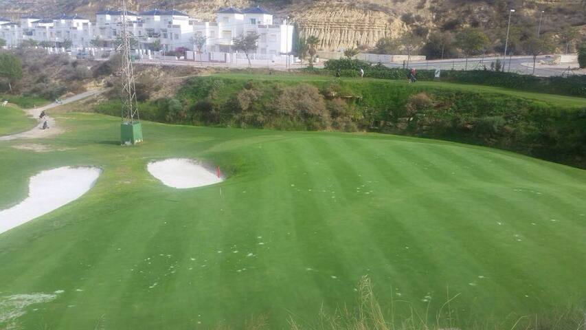 Golf Course View Gorgeous Villa - Ciudad Quesada - Maison