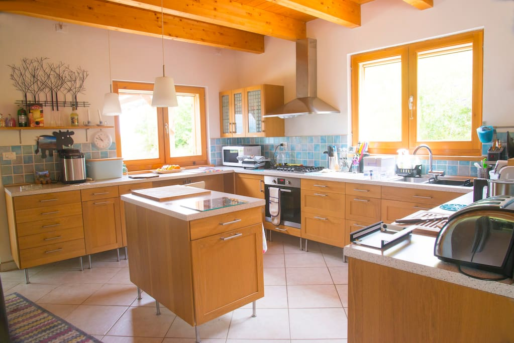 Extremely well equipped kitchen