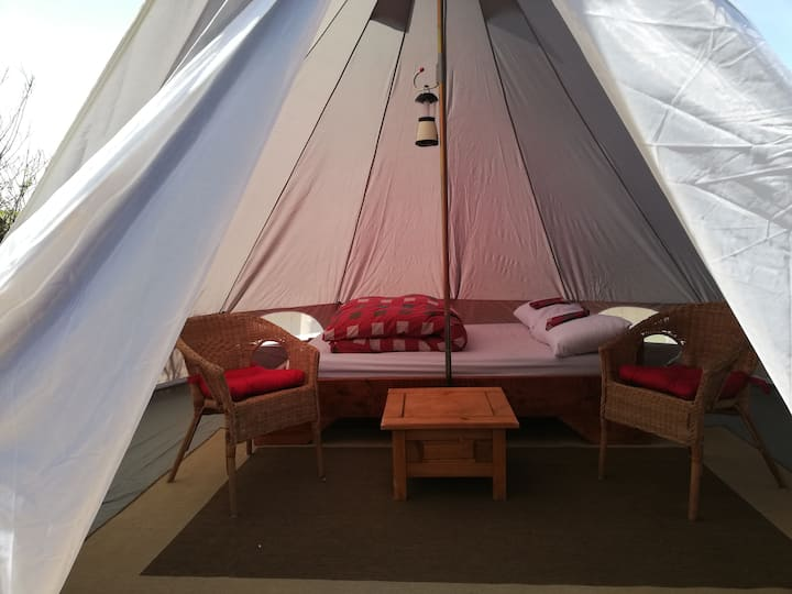 Aille River Hostel Glamping - Camping With Soul