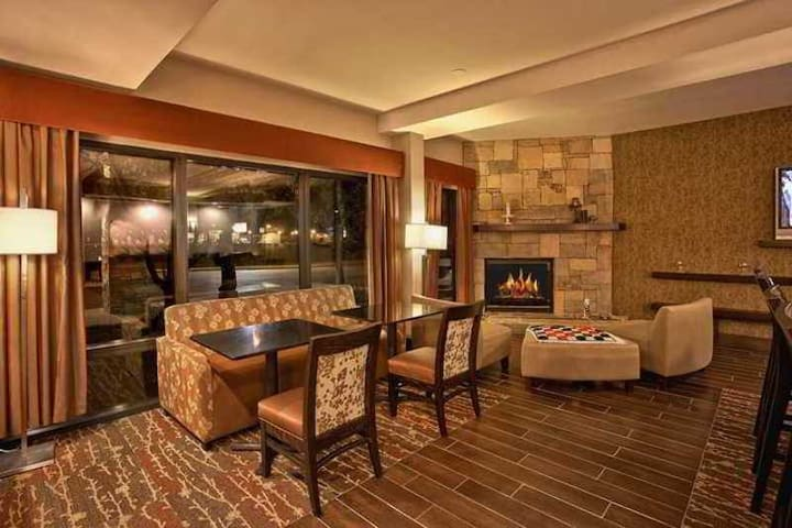 ✯✯✯ Welcoming Double Two Double Beds Non Smoking At Sevierville ✯✯✯