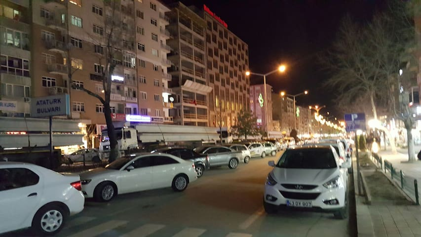 Nice and central place to stay - Kütahya - Apartament