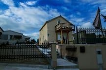 villa magic view