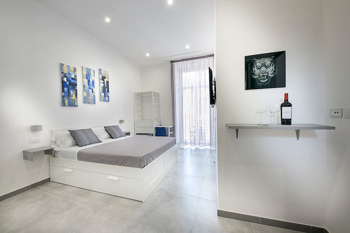 "Room ""Corso Umberto I"""
