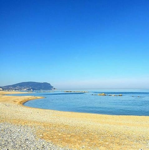 Camera /  Appartamento sul mare - Porto Recanati