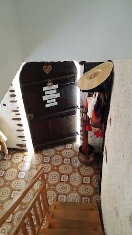 Casa Lea...entroterra Levanto!!! - mangia di Sesta Godano - บ้าน