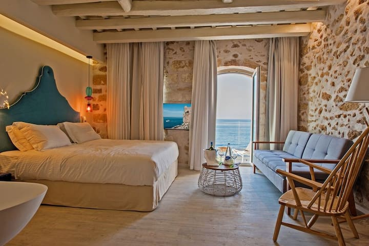Thalassa - Superior Suite with Sea View