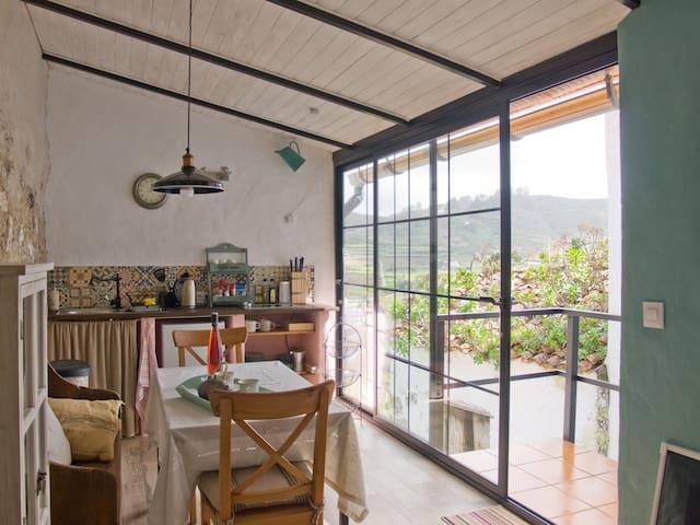 Big window in Kitchen