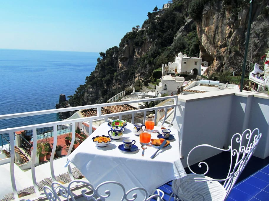 Casa guadagno amalfi coast boutique hotels for rent in for Casa positano