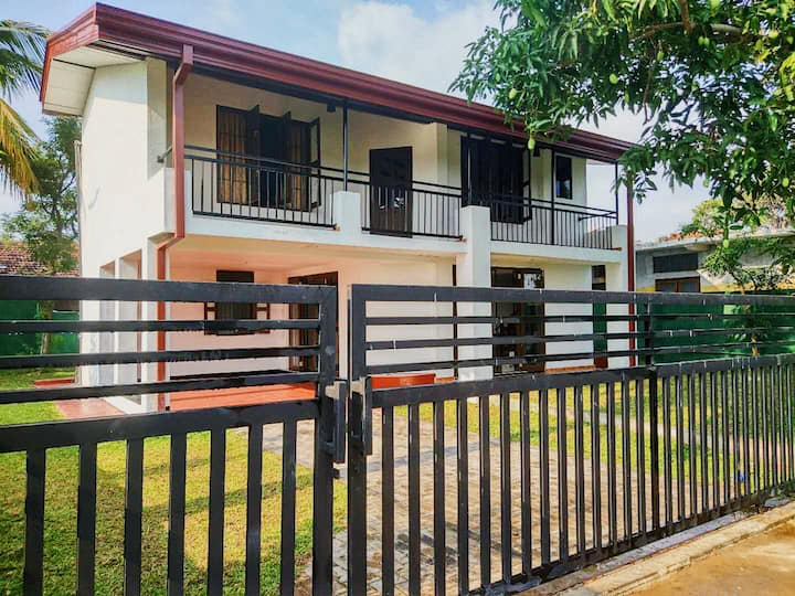 House in Negombo City Center with Breeze