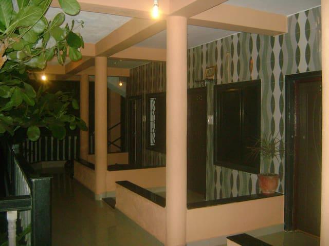 Cactus Guesthouse - Arambol - Casa de hóspedes