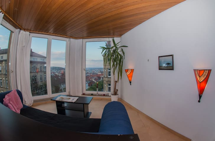 Private apartment with stunning view over the city - Stuttgart - Leilighet