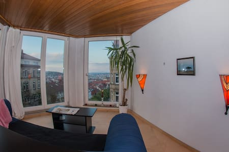 Private apartment with stunning view over the city - Stuttgart - Wohnung