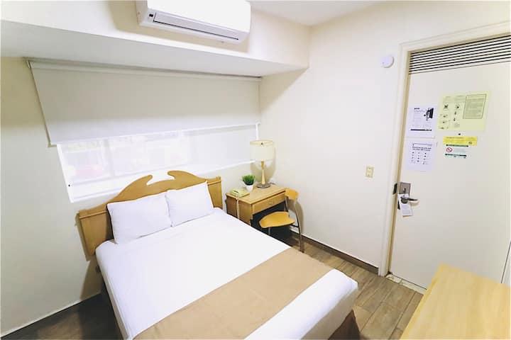 Cómoda habitación privada en Centro de Monterrey.
