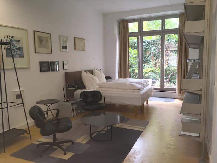 Beautiful Loft-Studio with garden