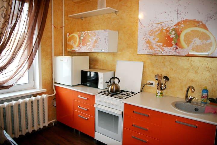 Квартирный Отель, Пятилетки, 113 - Berezniki - Apartamento