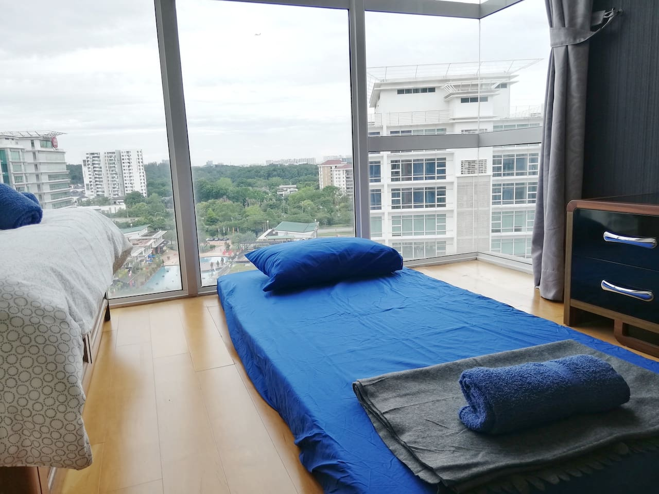 Master bedroom with stunning view!