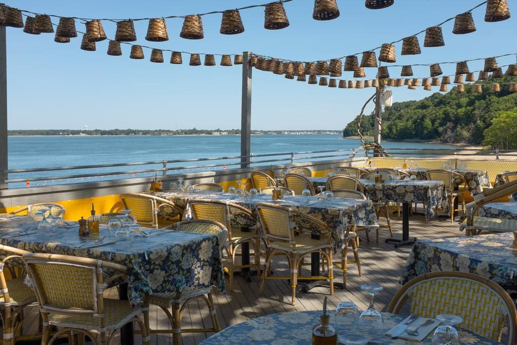 Sunset Beach Bar and Restaurant tours are our specialty