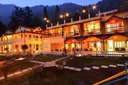 The Pavilion Heritage Inn - Double Room - Nainital