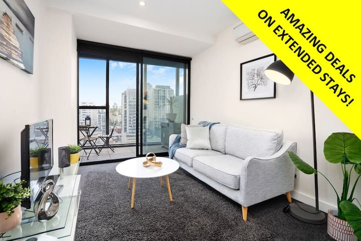 Designer Sth Yarra 2BD PAD *WIFI + PARKING
