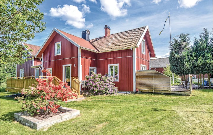 Awesome home in Sollebrunn with WiFi and 4 Bedrooms