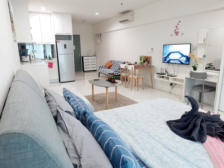 ♥Lovely Couple Crib near Twin Towers l Fast WIFI♥