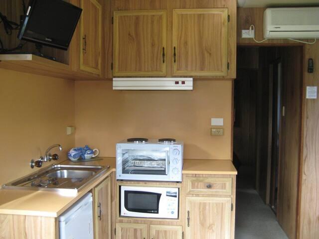 Budget Ensuite Cabin - Warrnambool - Chalet